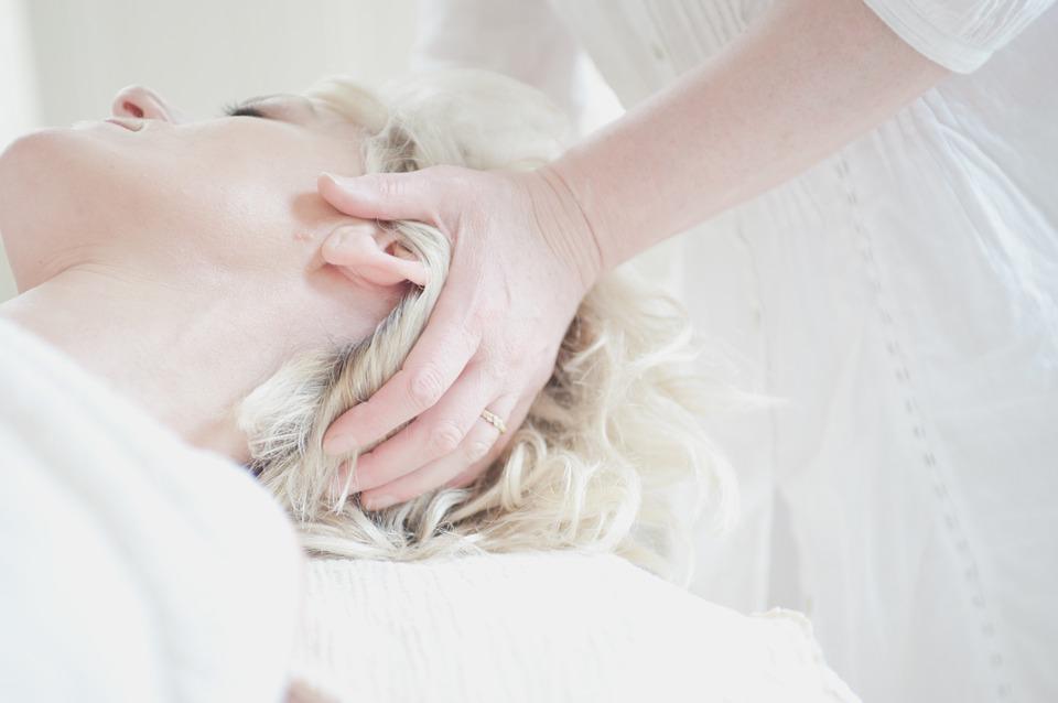 Terapia Cranio-Sacralna – na czym polega i na co może pomóc?