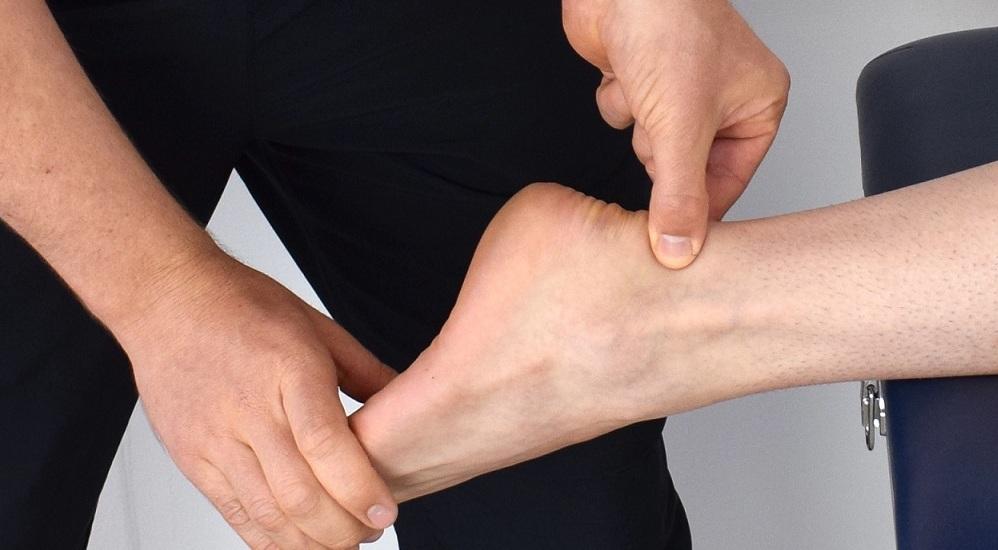 Skręcenie kostki: rehabilitacja stawu skokowego po urazie