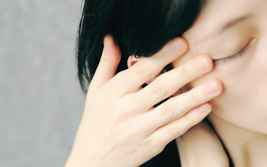 Jak wyleczyć szumy w uszach?