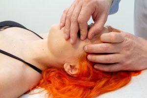 Osteopatia skuteczna w leczeniu bóli kręgosłupa- Zapraszamy do gabinetu rehabilitacji w Olsztynie